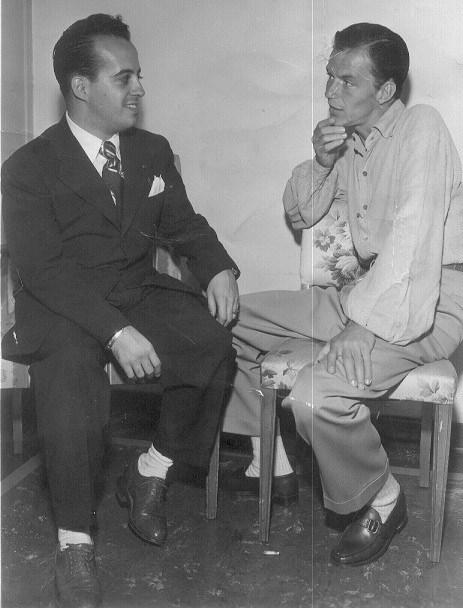 Com Frank Sinatra em Los Angeles (Foto: Divulgação)